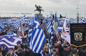 «Τσουνάμι» συλλαλητηρίων για τη Μακεδονία