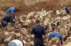 Ηλικιωμένη Τουρκοκύπρια αποκάλυψε ομαδικούς τάφους Ελληνοκύπριων λίγο πριν πεθάνει