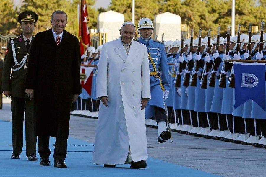 Με τον Πάπα Φραγκίσκο θα συναντηθεί ο Ταγίπ Ερντογάν το Φεβρουάριο