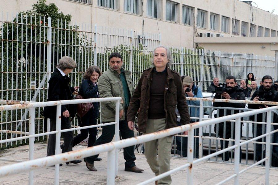 Με άδεια βγήκε πάλι από τη φυλακή ο Δημήτρης Κουφοντίνας