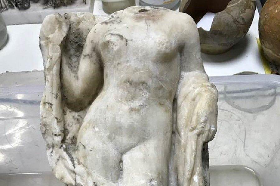 Ακέφαλο άγαλμα της Αφροδίτης βρέθηκε στο Μετρό Θεσσαλονίκης