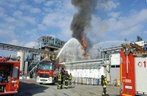 Ιταλία: Εννέα τραυματίες από έκρηξη σε βιομηχανία επεξεργασίας απορριμάτων
