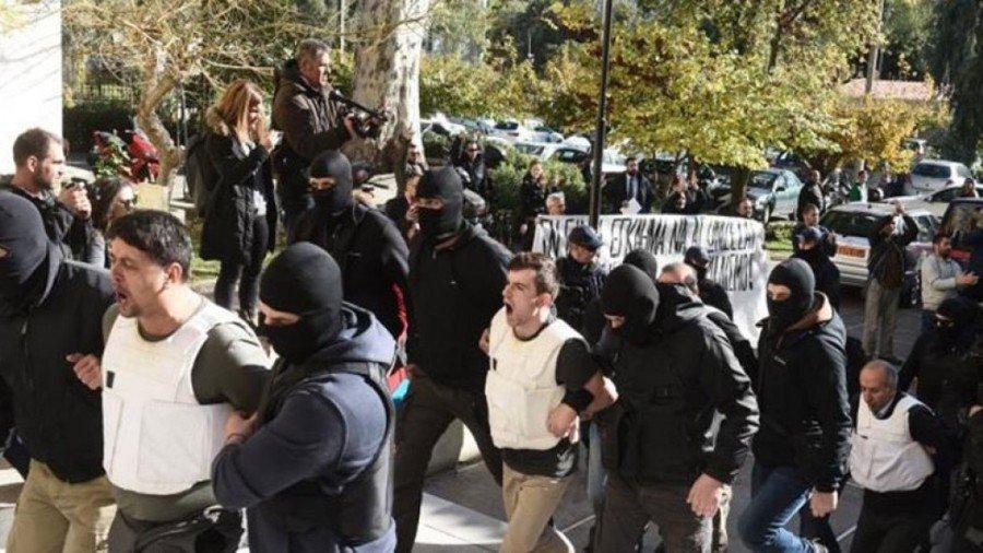 Κούρδος συλληφθείς «Μην με εκδώσετε, ο Ερντογάν είναι ο Χίτλερ της Τουρκίας»