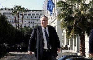 Ο πρώην υπουργός Εξωτερικών της Ελλάδος Νίκος Κοτζιάς διαχωρίζει τους «Έλληνες Μακεδόνες» από τους «Πόντιους της Μακεδονίας»