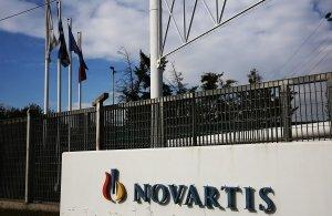 Μαλλιά κουβάρια στη Βουλή για τη Novartis — Δείτε ζωντανά την ψηφοφορία (βίντεο)