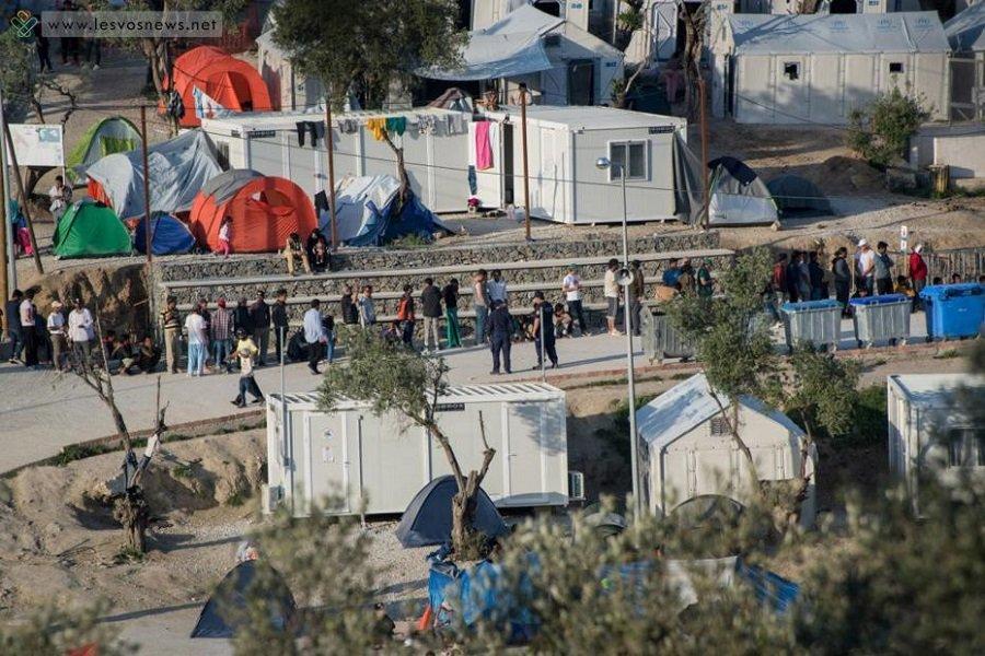 Μυτιλήνη: Δεκαεννιάχρονος πρόσφυγας απ' τη Συρία ανέβηκε σε κολώνα της ΔΕΗ για να διαμαρτυρηθεί και τον τίναξε το ρεύμα