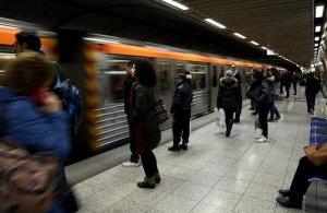 Εξαρθρώθηκε σπείρα που έκλεβε επιβάτες του μετρό