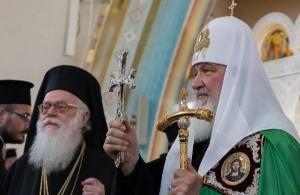 Αλβανία: Πατριαρχική και Αρχιεπισκοπική Θεία Λειτουργία στον Καθεδρικό Ναό Αναστάσεως του Κυρίου, στα Τίρανα