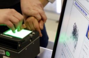 Έρχονται νέες ταυτότητες με υποχρεωτικό δακτυλικό αποτύπωμα