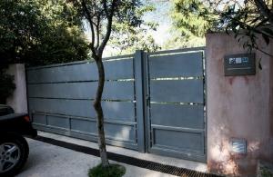 Ένοπλη ληστεία σε σπίτι επιχειρηματία στη Βούλα
