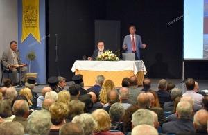 Καθήλωσε τον κόσμο η παρουσίαση του ιστορικού λευκώματος «Ελληνικό: Ψυχή της πόλης μας είναι οι μνήμες της» στα Σούρμενα (φωτο)
