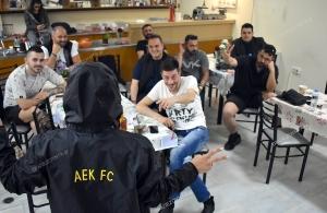 Έτσι βίωσαν οι Πόντιοι καλλιτέχνες τον αγώνα ΑΕΚ-ΠΑΟΚ — Η στιγμή του πρώτου γκολ — Αποκλειστικές εικόνες από το ΤΡΑΠΕΖΟΥΝΤΑ.gr (βίντεο)