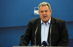 Ο Καμμένος ζητά 180 βουλευτές για την συμφωνία με τα Σκόπια — Καταγγελίες για απειλές κατά βουλευτών