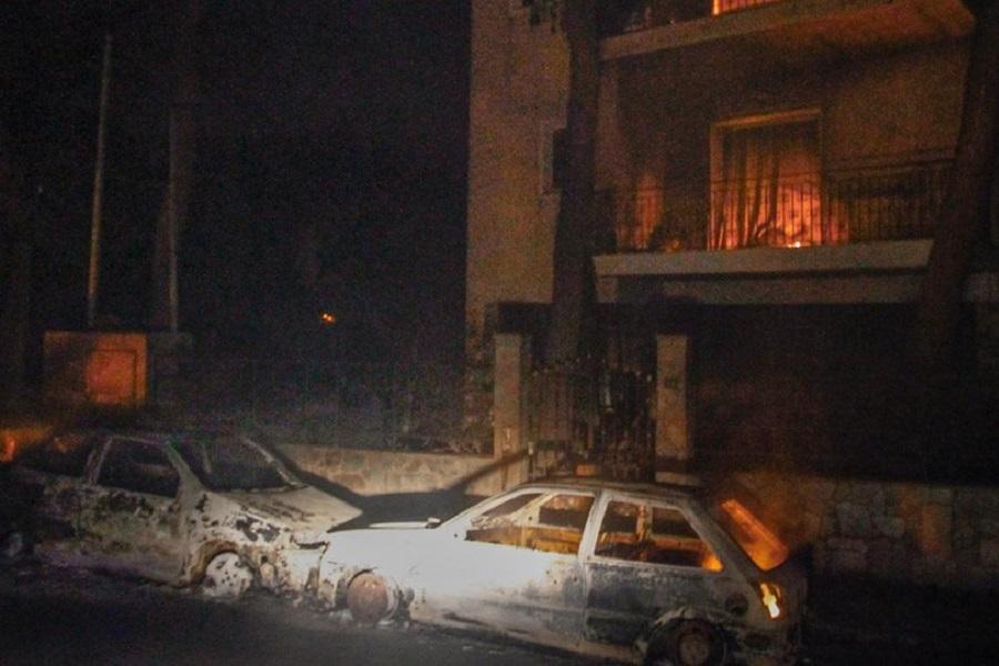 Εθνική τραγωδία με τουλάχιστον 24 νεκρούς από τις πυρκαγιές, ανάμεσά τους βρέφος 6 μηνών (φωτο)