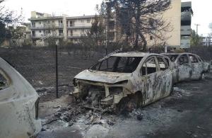 Έκαψαν 25 αυτοκίνητα στην Περαία – Έντονες αντιδράσεις