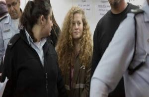 Eλεύθερη αφέθηκε η 17χρονη Παλαιστίνια Αχεντ Ταμίμι — Ηταν 8 μήνες σε ισραηλινή φυλακή