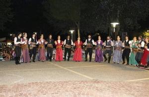 Θερμό χειροκρότημα απέσπασε η «Τραπεζούντα» Φυλής στη Δροσιά