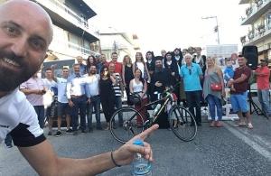 Ξεκίνησε το ποδηλατικό του ταξίδι ο Βασίλης Καριοφυλλίδης