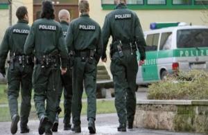 Γερμανία: Συγκρούσεις ακροδεξιών με αντιναζιστές — Τραυματίστηκε αστυνομικός