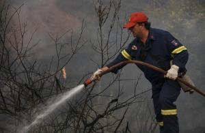 Φωτιά Εύβοια: Χωρίς ενιαίο μέτωπο η πυρκαγιά — Διάσπαρτες οι ενεργές εστίες