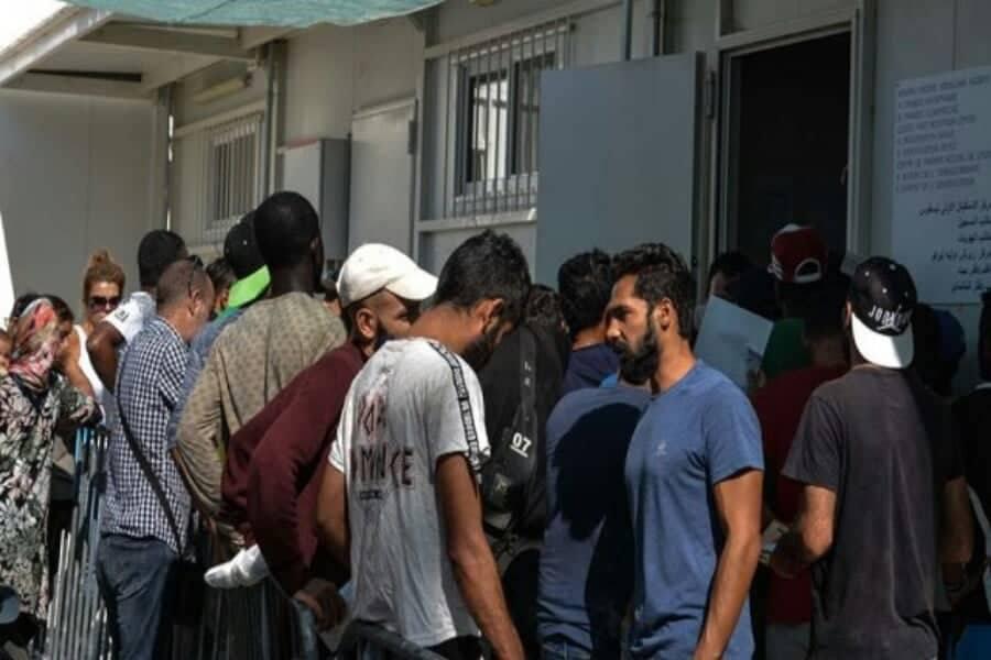 Ένας νεκρός σε αιματηρή συμπλοκή στο hot spot στην Μαλακάσα