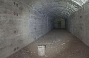 Τα καταφύγια της Αθήνας: Μία πόλη με χώρους μυστικούς, υπόγεια κτήρια και «κούφια» βουνά (φωτο)