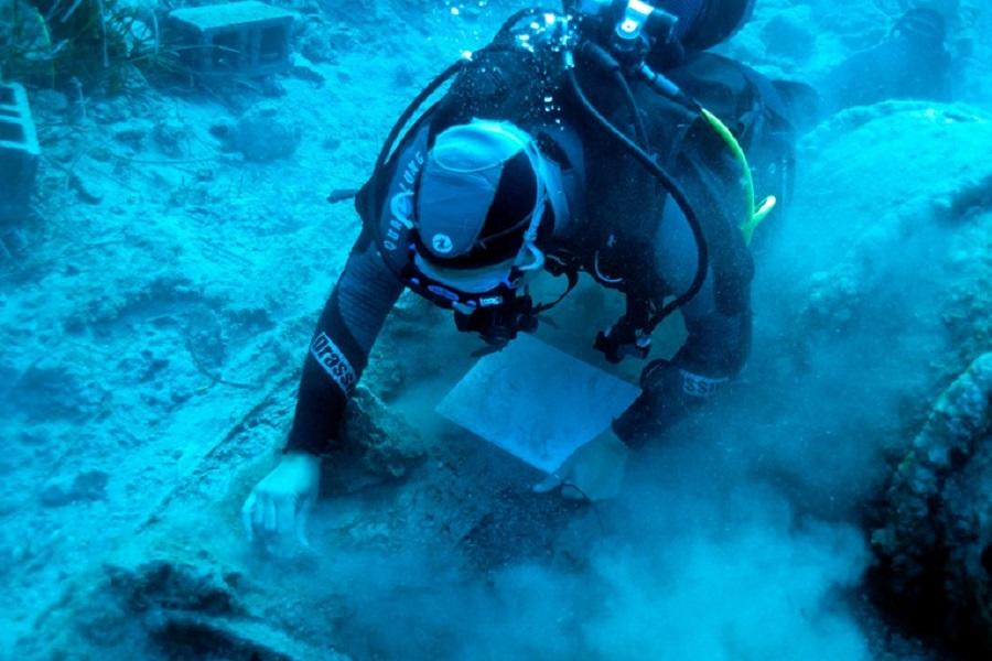 Νέα ευρήματα από το πλοίο του λόρδου Έλγιν που βυθίστηκε στα Κύθηρα με το πολύτιμο φορτίο του