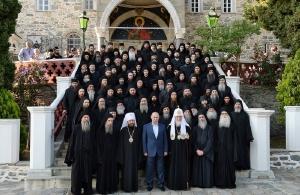 «Ταξιδιωτική οδηγία» της Ρωσικής Εκκλησίας για «εμπάργκο» επισκέψεων στο Άγιο Όρος