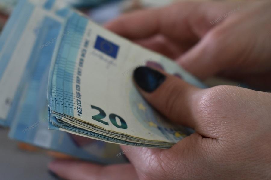 Κοινωνικό μέρισμα 2018: Έως και 900 ευρώ το έκτακτο επίδομα — Το σενάριο για δικαιούχους ΚΕΑ και ανέργους