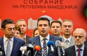 Μακεδονικό: Οι όροι των «8» που στήριξαν τον Ζάεφ