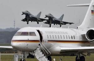 Τρόμος στον αέρα για την Μέρκελ: Το αεροπλάνο πετούσε επί μία ώρα με σοβαρή βλάβη