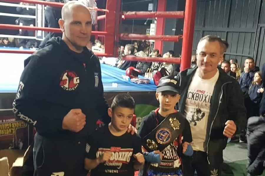 Θοδωρής Καλιονίδης: Το ποντιόπουλο που κατέκτησε την ζώνη του «Champions Night Junior» στον Πειραιά