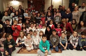 Άρωμα Χριστουγέννων «πλημμύρισε» το Σύλλογο Ποντίων Αγίας Βαρβάρας «Ο Φάρος»