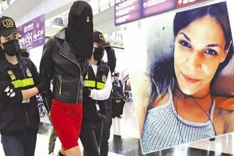 Η 21χρονη Ειρήνη κατέρρευσε στις αγκαλιές των δικών της όταν άκουσε το «not guilty» για τα 2,6 κιλά ναρκωτικών