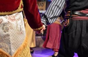 Θα ξεσηκώσει σήμερα το απόγευμα την Ερμού ο ΣΠΦΝΑ — Προετοιμάζεται για τον ετήσιο χορό του