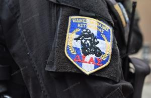Καταδίωξη και ανταλλαγή πυροβολισμών αστυνομικών με κακοποιούς στα Άνω Λιόσια