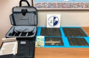 Σύλληψη 76χρονου στο «Ελ. Βενιζέλος» που πήγε να περάσει 4,3 κιλά ηρωίνης στην Ελλάδα