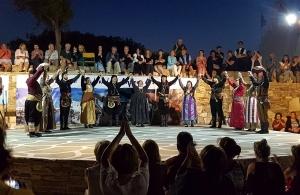 Ποντιακοί χοροί στην Αντίπαρο για 2η συνεχόμενη χρονιά (φωτο)