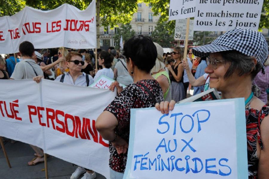 Παρίσι: Στους δρόμους οι Γαλλίδες — Διαδήλωση για τις εκατοντάδες δολοφονίες γυναικών