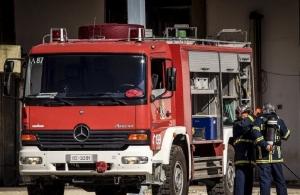 Βόλος: Πυρκαγιά σε βιομηχανία με σκραπ