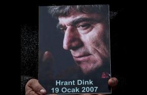 Τουρκία: Επτά καταδίκες για τη δολοφονία του Αρμένιου δημοσιογράφου Χραντ Ντινκ στην Κωνσταντινούπολη