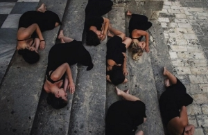Πρεμιέρα στην Κέρκυρα κάνει η χοροθεατρική παράσταση «Ρυθμού Μνήμες», για την Γενοκτονία των Ποντίων