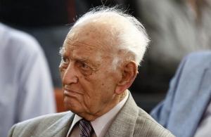 Πέθανε ο Αντώνης Λιβάνης — Εκδότης και ιδρυτικό στέλεχος του ΠΑΣΟΚ