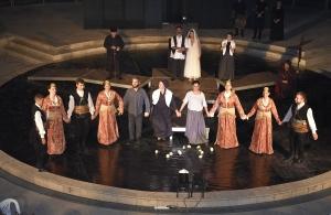Με τις καλύτερες των εντυπώσεων, παρουσιάστηκε η θεατρική παράσταση «Τη Τρίχας το γεφύρ΄» από την Ένωση Ποντίων Πιερίας