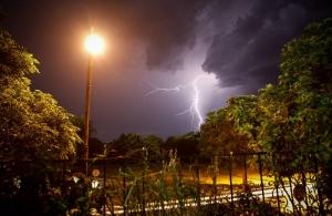 Καιρός: Ραγδαία επιδείνωση με καταιγίδες και χαλάζι