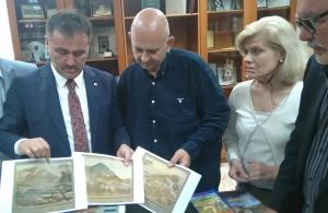 Ο δήμαρχος της Αργυρούπολης του Πόντου επισκέφτηκε την Εύξεινο Λέσχη Ποντίων Νάουσας