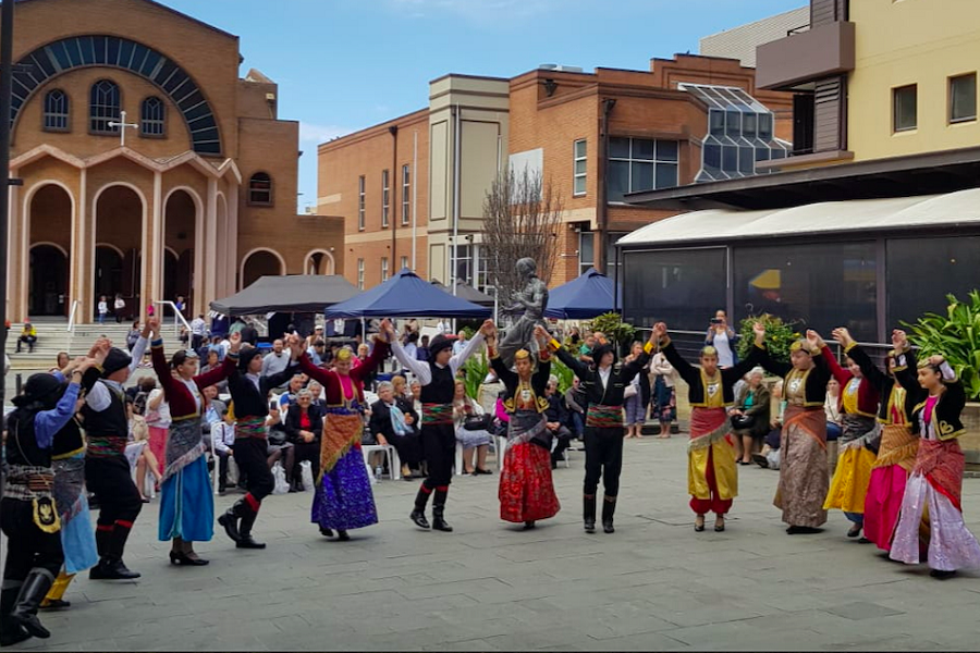 Έκλεψε την παράσταση ο «Ποντοξενιτέας» στο πανηγύρι της Παναγιάς της Μυρτιδιώτισσας στο Σίδνεϊ την Αυστραλίας