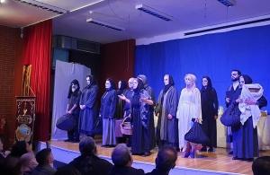 Συγκίνηση και δέος προκάλεσε η θεατρική παράσταση της Ένωσης Ποντίων Πιερίας στην Καστοριά
