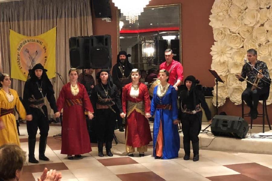 Με επιτυχία στέφθηκε, για μια ακόμη χρονιά, ο ετήσιος χορός του Συλλόγου Ποντίων νομού Αιτωλοακαρνανίας «Δημήτριος Ψαθάς»