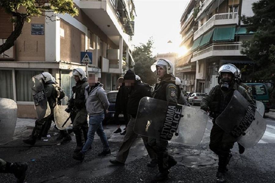 Κουκάκι: Ποινικές διώξεις για 6 πλημμελήματα στους 20 συλληφθέντες της κατάληψης